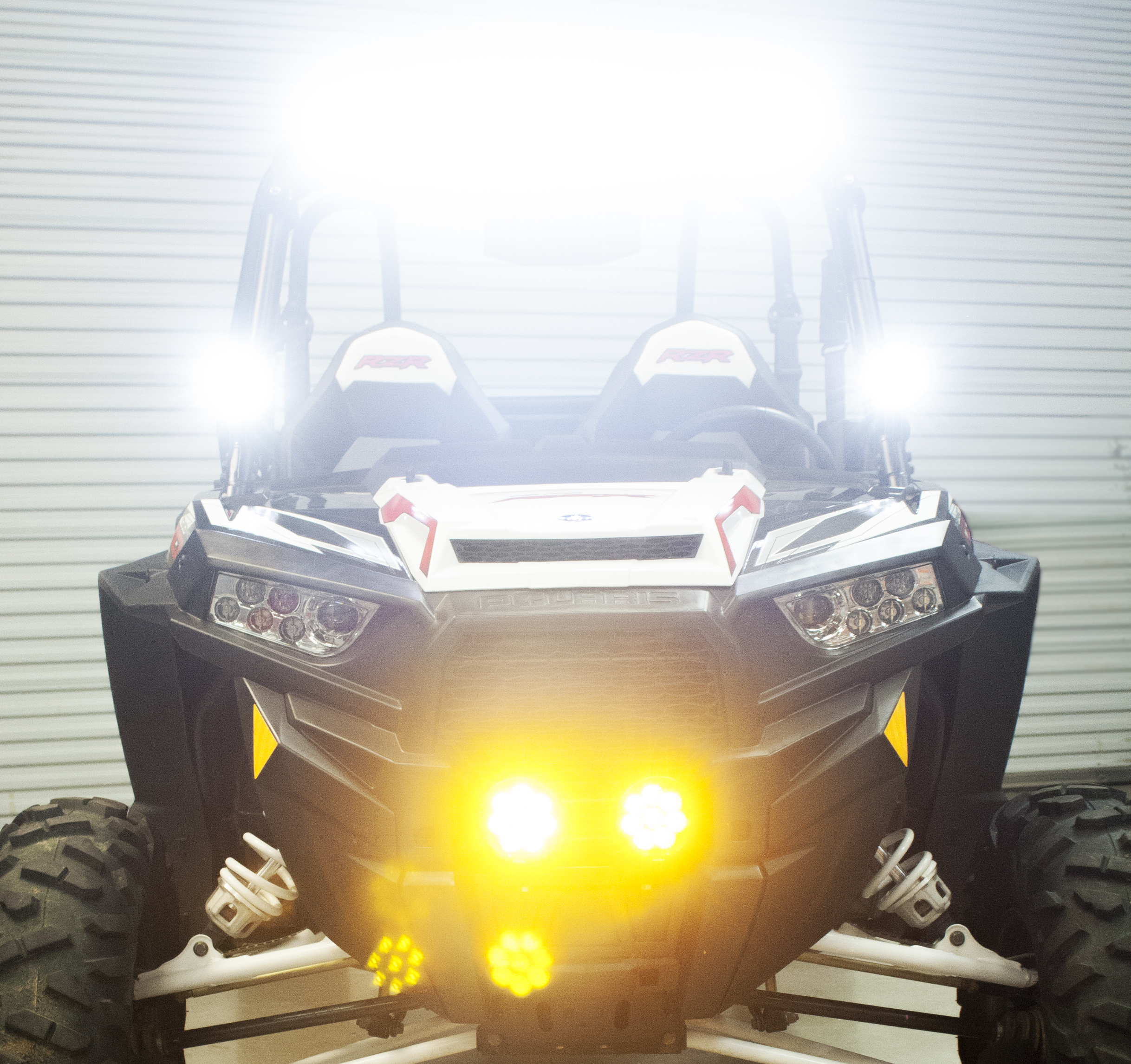 Stock Polaris RZR - Lit