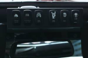 Jeep JK Wire Controller w/ 6-Switch Rocker Panel in Enclosed Housing Kit 555925 - Image 9